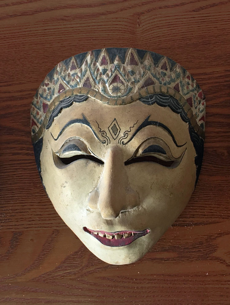 Classic dance mask from Java