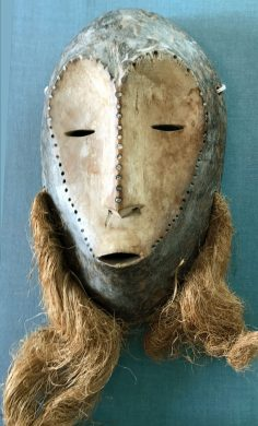African Lega mask with sparkles