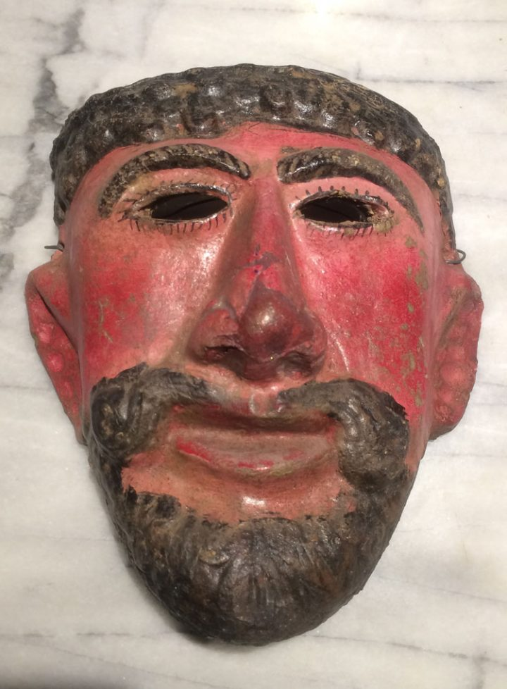 Mexican mask of clay