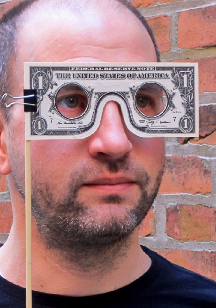 The famous dollar mask